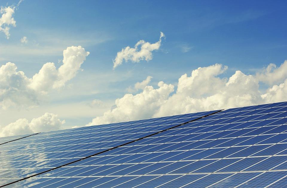 napelemfarm befektetés